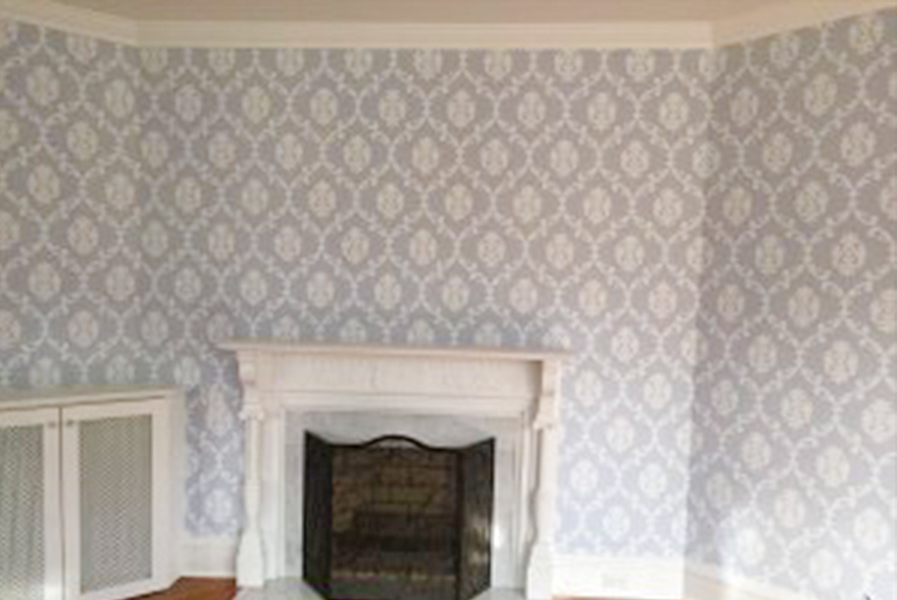 Castle Complements Painting Wallpaper Installation before6_600