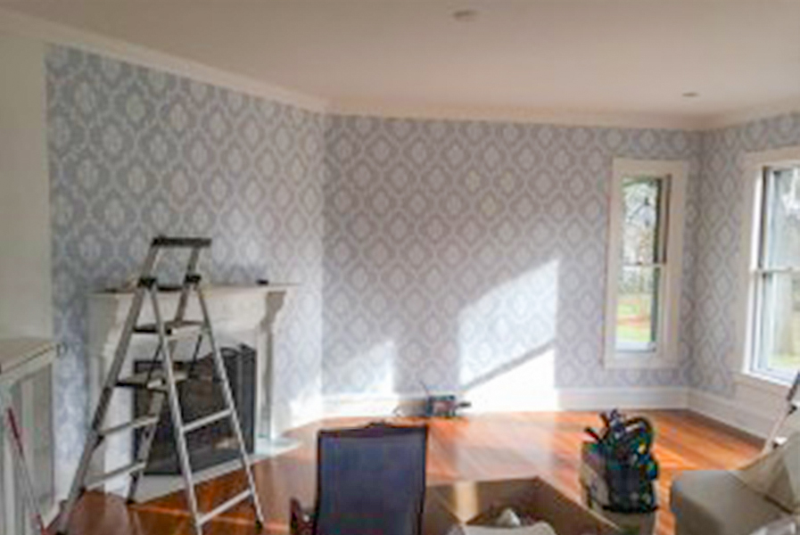 Castle Complements Painting Wallpaper Installation before7_600