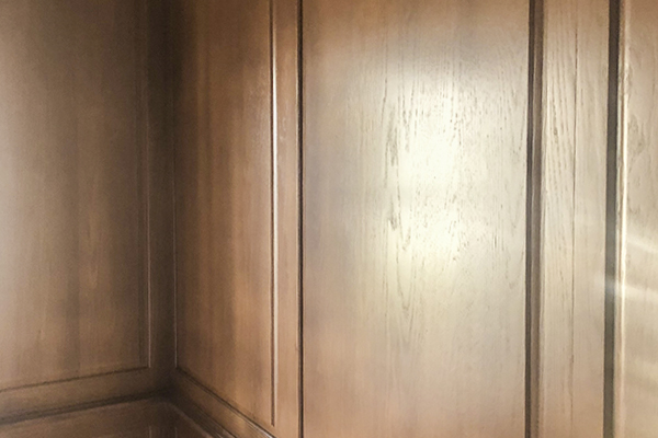 Castle Complements Painting Stain Wood Darker Oak Cabinets_IMGb_3256